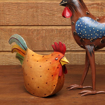 Casafina CF-MH-2156 Metal Sitting Chicken