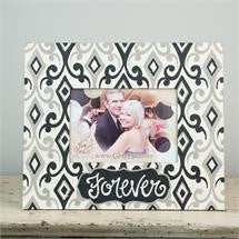 Glory Haus GH-3070209 Forever Black and White Frame