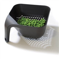 Joseph Joseph Medium Square Colander Black