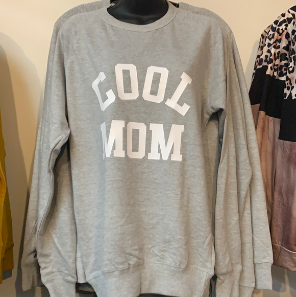 Grey Cool Mom - Sweatshirt