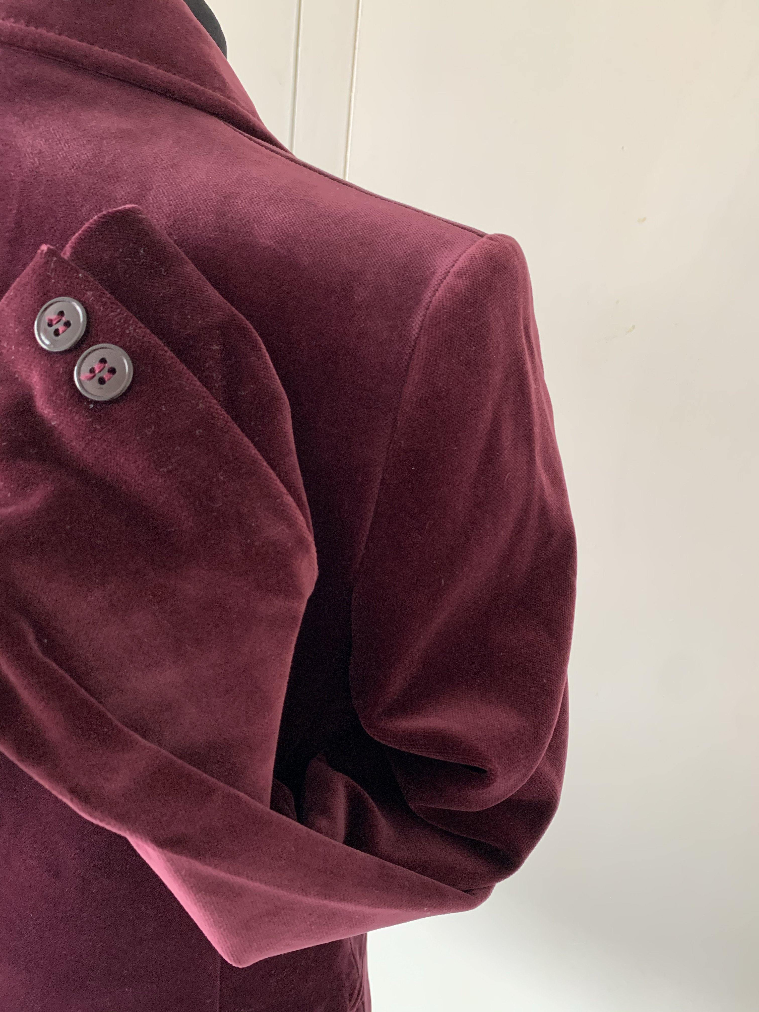 - ONE OF KIND - Vintage 70s Burgandy velvet blazer