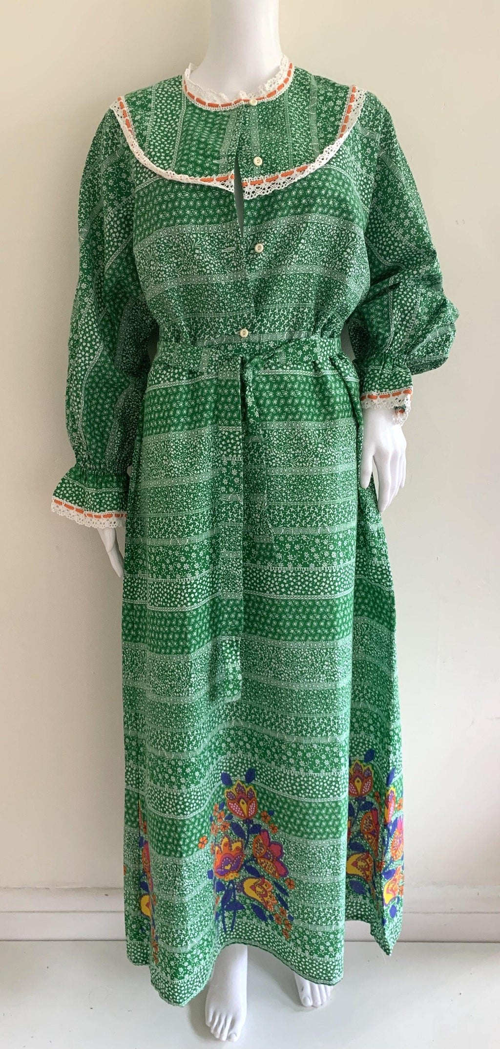 - ONE OF A KIND - Vintage 1970s Cotton Maxi
