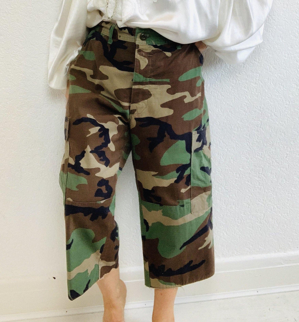 - ONE OF A KIND - Vintage Military Camouflage Combat Trousers Pants - Overdress Vintage