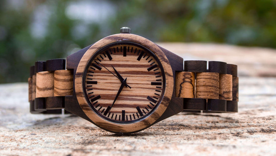 wooden watch exito side view
