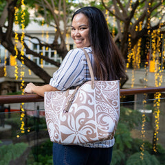 Happy Wahine Nancy Tapa Tiare Brown Large Tote
