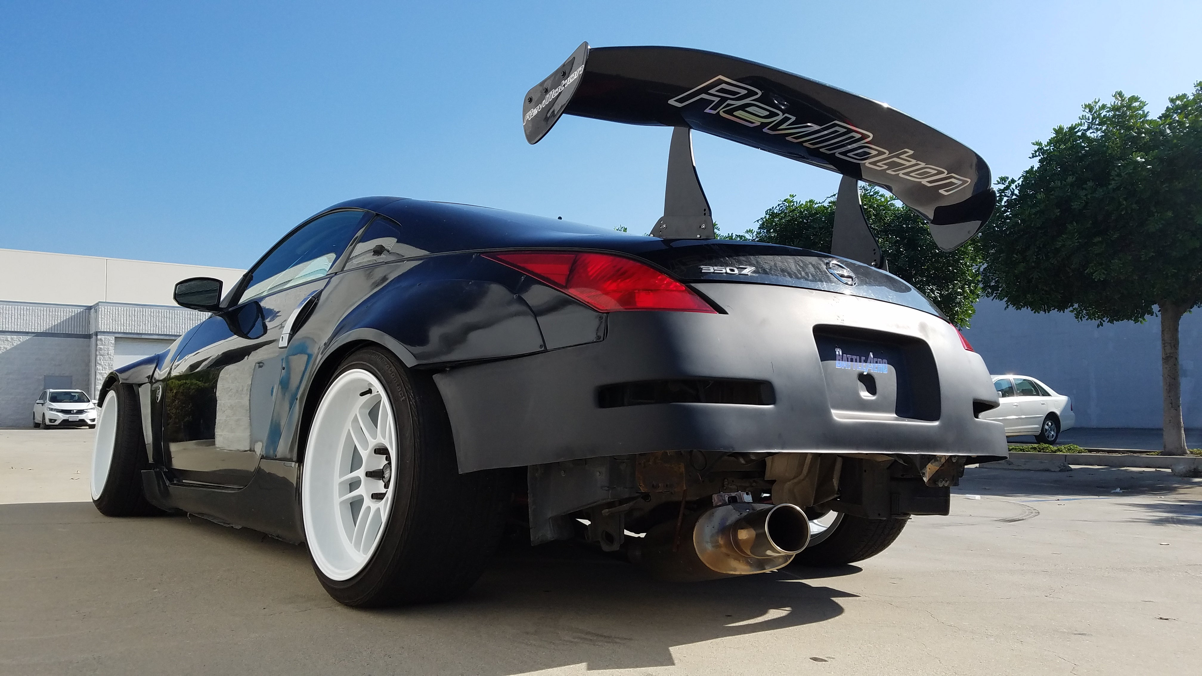 Nissan 350Z Wide Body Fender Flares