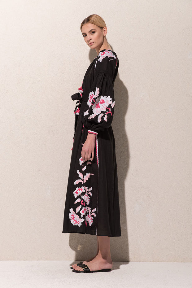 Rose Power Maxi Dress in Black with White & Pink