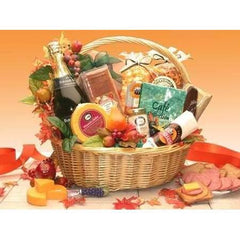 Thanksgiving Gourmet  This honey willow basket brings the Thanksgiving Gourmet gift basket.