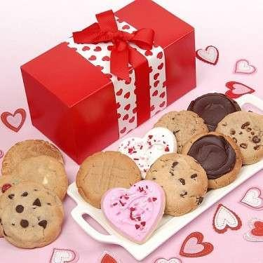 Band of Hearts Cookie Box - Fine Gifts La Bella Basket Company