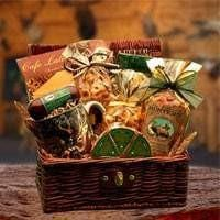 Hunters Retreat Gift Chest - Fine Gifts La Bella Basket Company