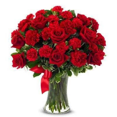 Red Heart Flower Bouquet