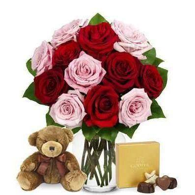 Romancing Rose Bouquet Set Overnight Delivery - Fine Gifts La Bella Basket Company