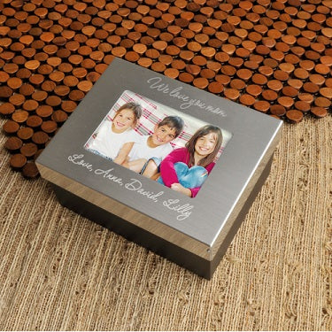 Lasting Memories Keepsake for Mom - Personalized - Fine Gifts La Bella Basket Company
