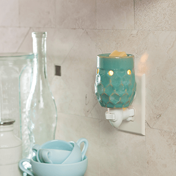 Honeycomb Turquoise Plug-in Warmer - Fine Gifts La Bella Basket Company