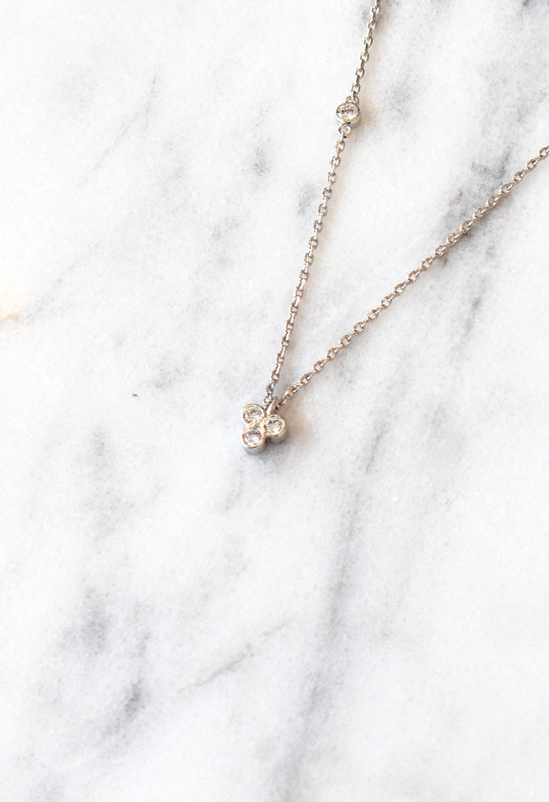 Avery Necklace - Silver