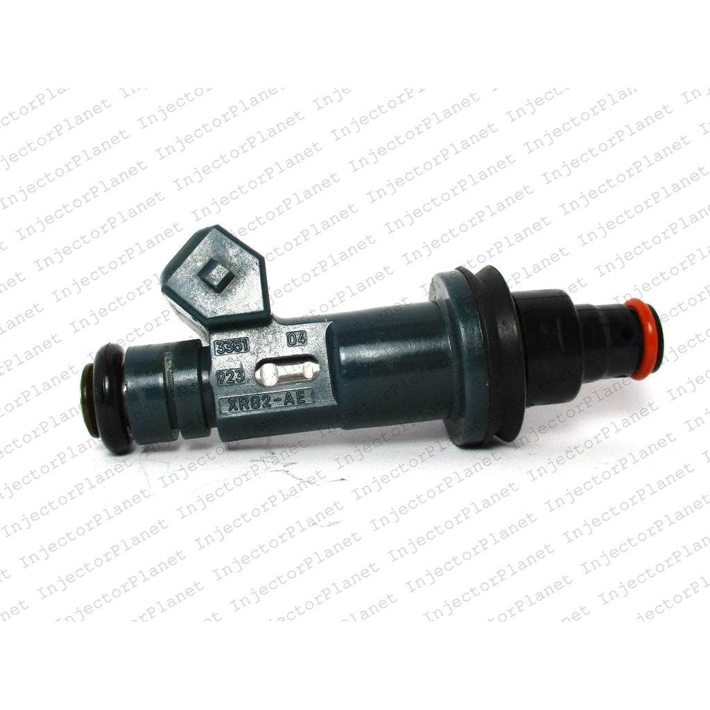 Denso 3351 / XR82-AE Jaguar fuel injector