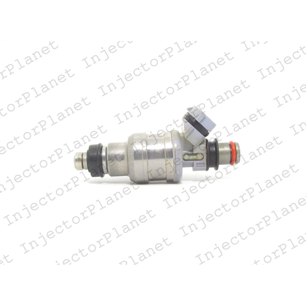 Denso 5490 / 23209-50010 /  23250-50010 fuel injector