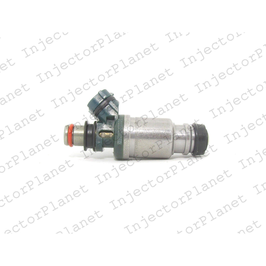 Denso 5560 / 23209-50020 / 23250-50020 fuel injector