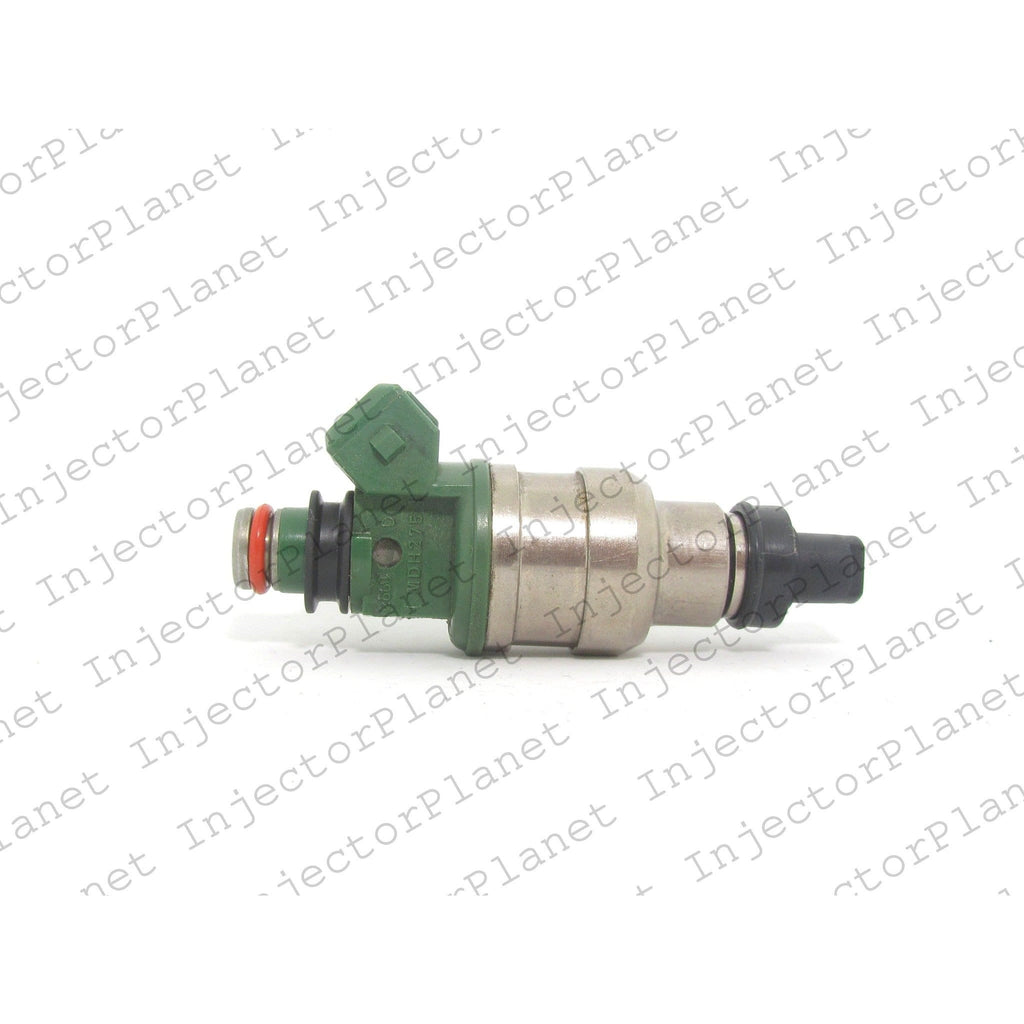 Denso 2260 / MDH275 / MD193266 fuel injector