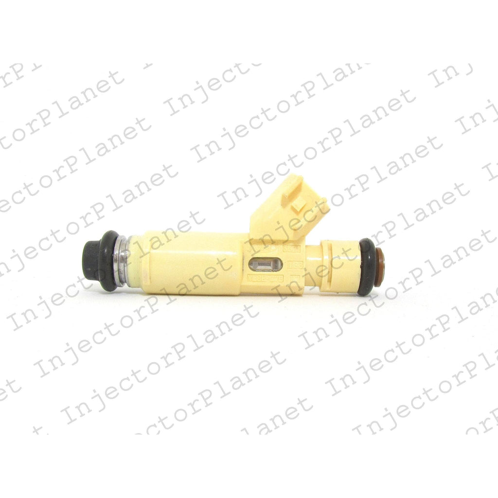 Denso 3521 / YL8E-C7B fuel injector