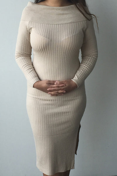 Beige shoulder dress: bodycon dress with off the shoulder collar. Shop this beige shoulder dress here made of a ribbed material. One size, shop now.