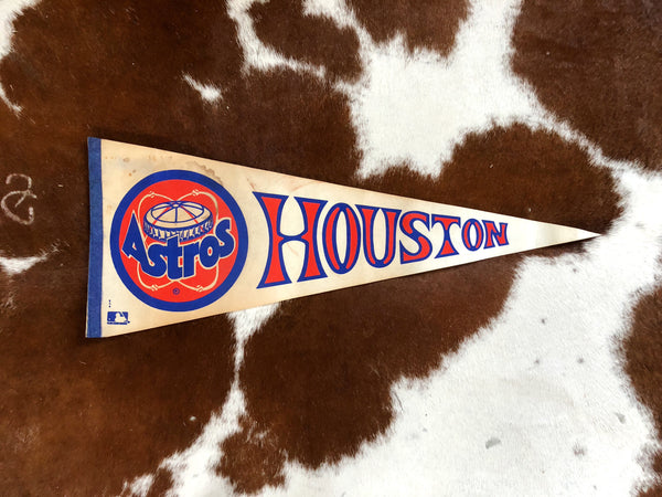 VINTAGE ASTROS PENNANT (white background)
