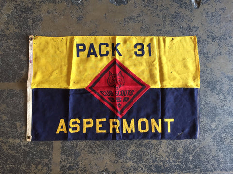 VINTAGE CUB SCOUT FLAG TROOP 31