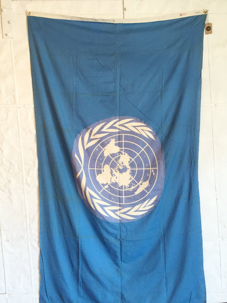 VINTAGE UNITED NATIONS FLAG