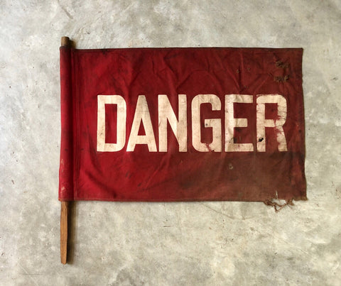 DANGER FLAG WITH POLE