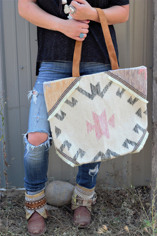 The Sedona - Tote Bag - Saddles & Lace Boutique - Western and boho inspired clothing, bags, and accessories for women