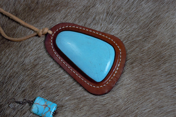 Leather Drop Turquoise Necklace - Saddles & Lace Boutique - Western and boho inspired clothing, bags, and accessories for women