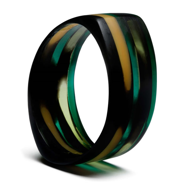 PLASTIC Chic Out of Africa 1 Translucent Resin Bangle