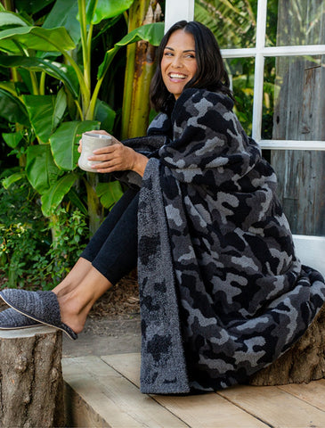 CozyChic Camo Throw