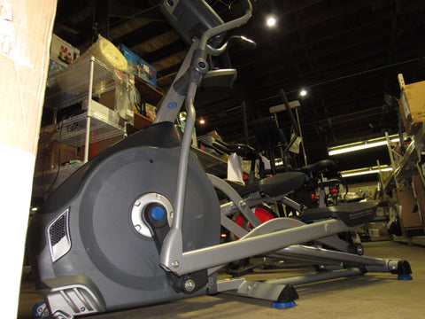 Nautilus E618 Elliptical Workout Machine Computerized High Performance