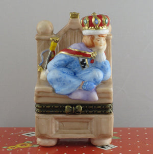 Mary Engelbreit Queen In Chair Trinket Box-968374