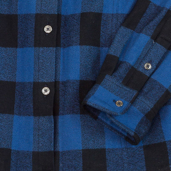 Khalibre Mountain Women's Blue Plaid Flannel Shirt Detail