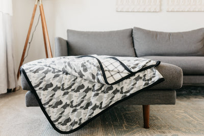 Three-Layer Jumbo Quilt - Gunnar