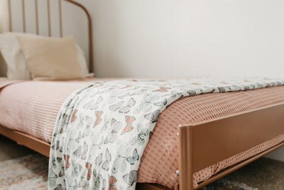 Three-Layer Jumbo Quilt - Dot