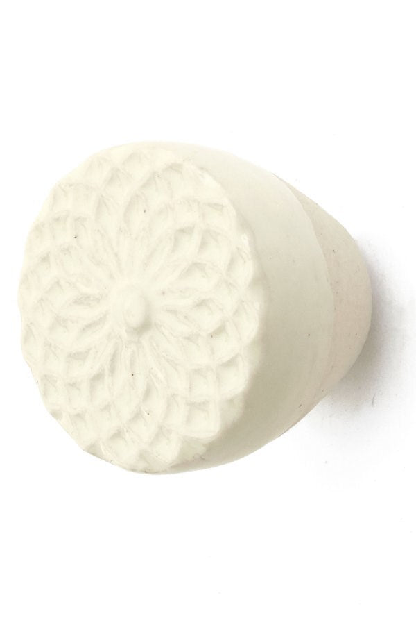 Ceramic Floral Knob (3 Colours)