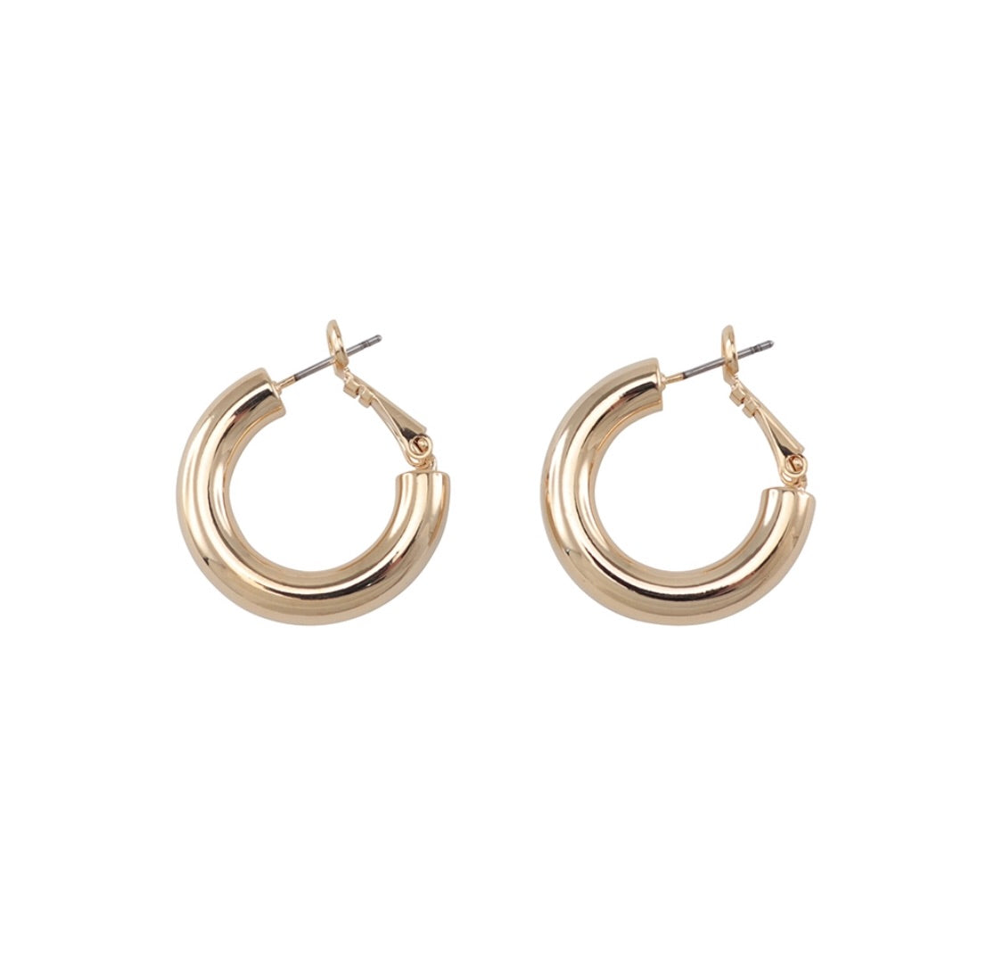 Jolie and Deen Dani Hoops