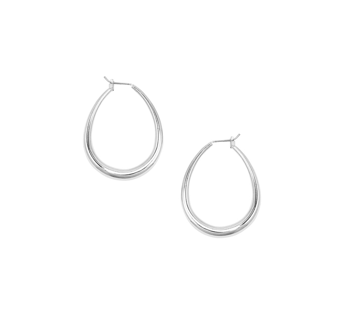 Jolie and Deen Lauren hoops