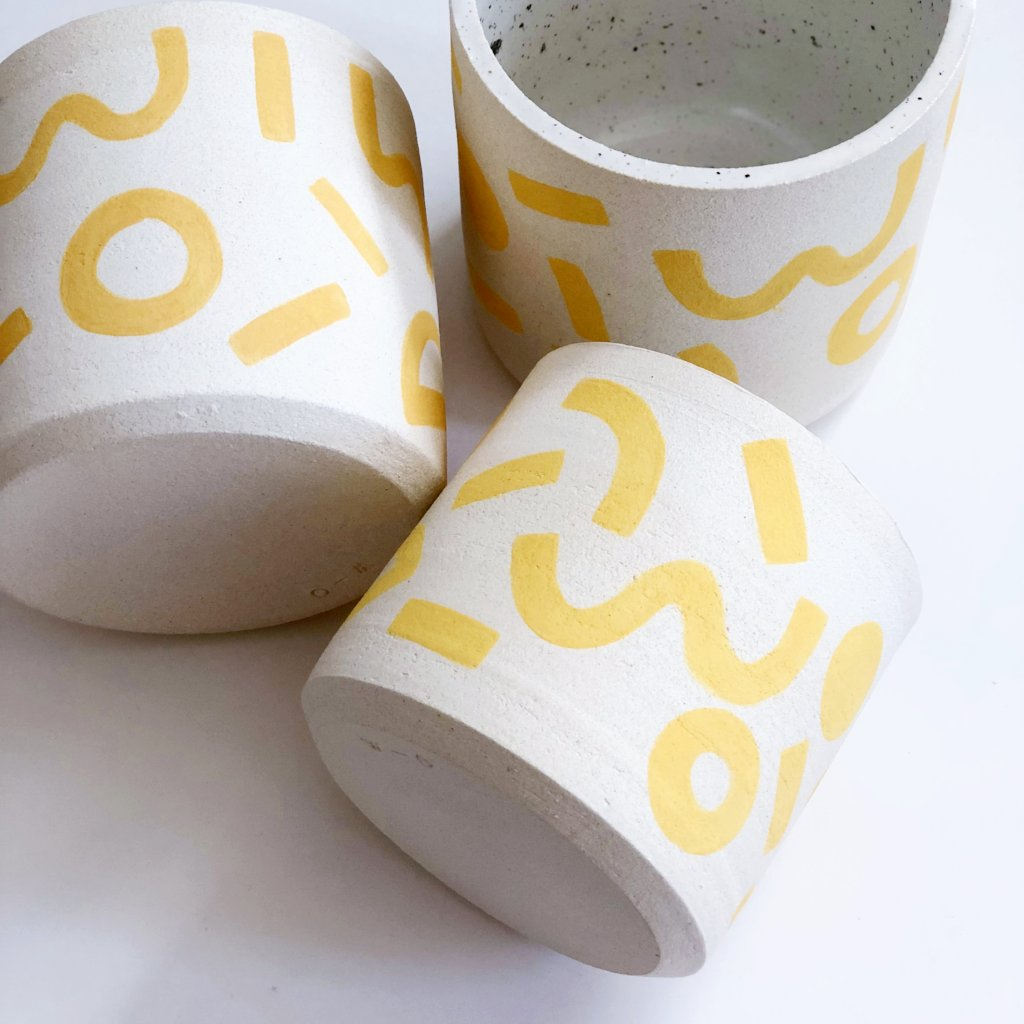 Mono Yellow Planter