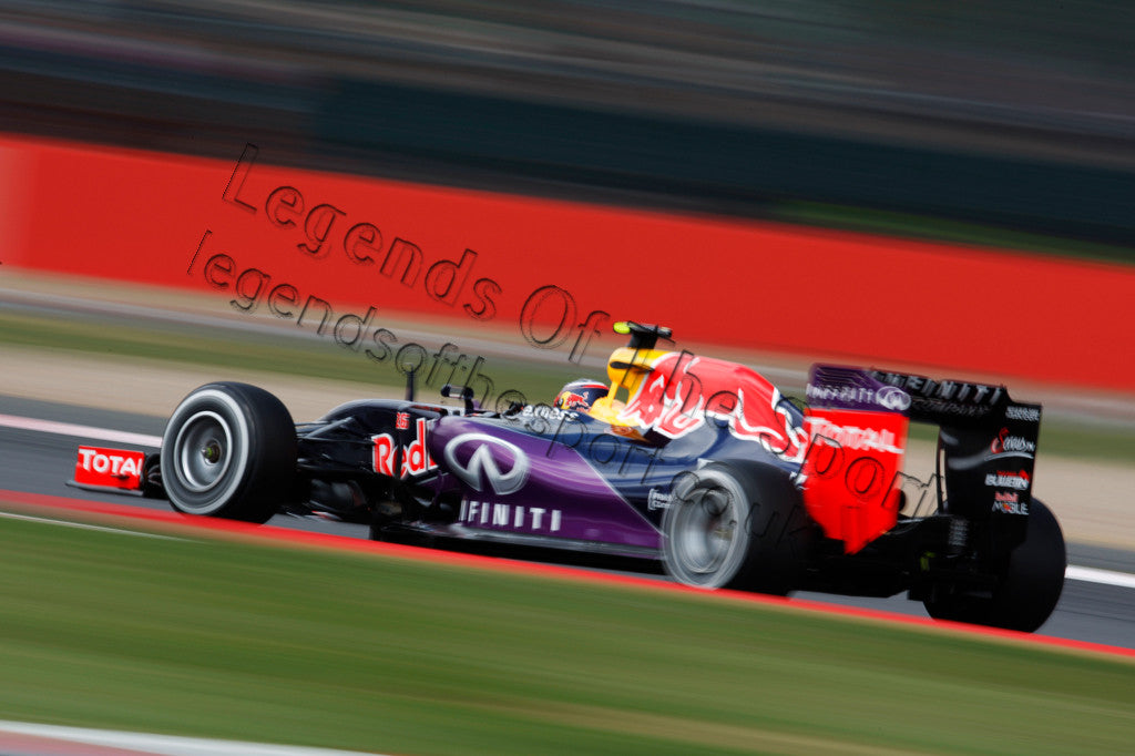 Limited Edition Formula 1 Print - Daniil Kvyat at Silverstone 2015 - Legends Of The Sport