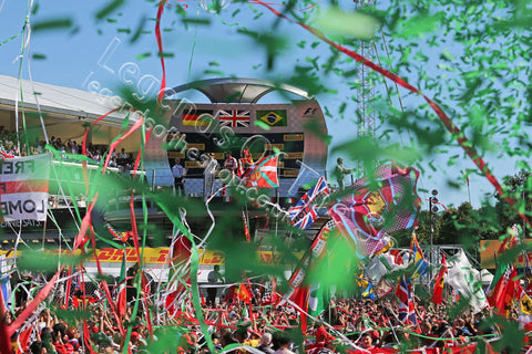 Formula 1 Print - 2015 Italian GP The fans celebrate at the podium Italian Grand Prix Sunday 6th September 2015 Monza - Legends Of The Sport