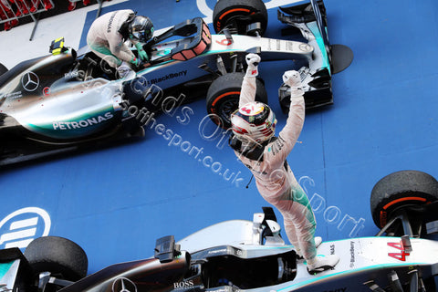 Formula 1 Print - 2015 Japanese GP Race Winner Lewis Hamilton (GBR) in his Mercedes AMG F1-W06 celebrates in the parc ferme on Sunday 27th September 2015 - Legends Of The Sport