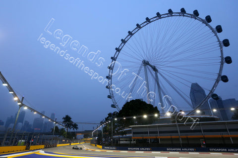 Formula 1 Print - 2015 Singapore GP Nico Rosberg (GER) Mercedes AMG F1-W06 Friday 18th September Marina Bay Street Circuit - Legends Of The Sport