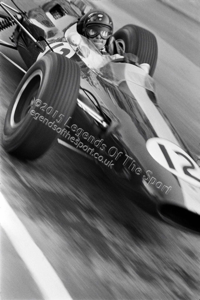 Formula 1 Print 1964 - Jim Clark racing his Lotus-Climax 25 at the 1964 Monaco Grand Prix in Monte Carlo - Legends Of The Sport