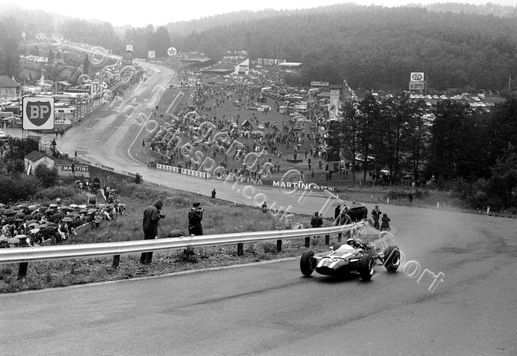 Formula 1 Print 1966 - Jochen Rindt in his Cooper-Maserati T81 at the 1966 Belgian Grand Prix at Spa-Francorchamps - Legends Of The Sport