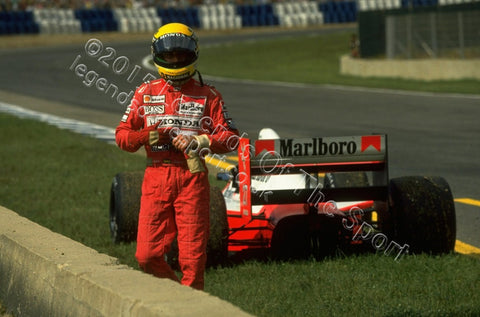 Formula 1 Print 1990 - Ayrton Senna retiring his McLaren-Honda MP4/5 at the 1990 Spanish Grand Prix at Jerez de la Frontera, Spain - Legends Of The Sport