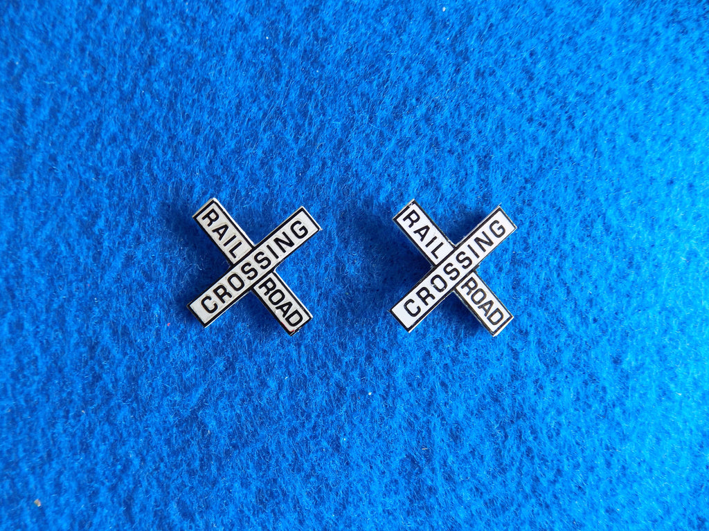 #3261 Railroad Crossing Sign Head (2)